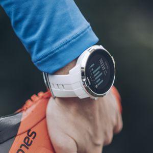 bf7ff79c0e4 Mezi hodinkami Spartan Ultra a Spartan Sport je podobný vztah
